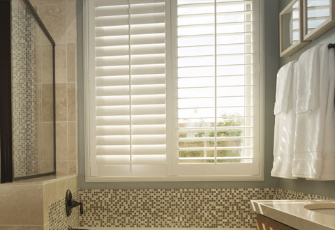 bathroom-vinyl-shutters